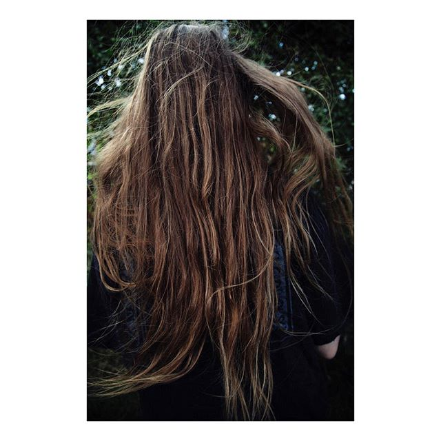 Visiting #12 (Emelie), 2016 . . #susannesvantesson #photography #art #artphotography #artist #contemporary #hair #photodaily #photooftheday #photographer #artoftheday #24hrchurch #paradisexmagazine