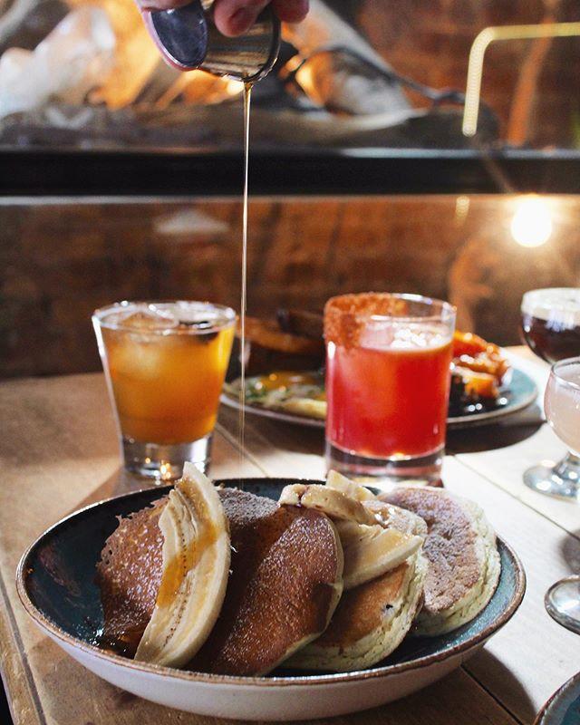 Drinks before fireworks ✅ Drinks after fireworks ✅ ✨ • #dudleys #dudleysnyc #LES #breakfast #brunch #lunch #dinner #cocktails #wereopen #nyceats #urbanspoon #eatyourheartout #welovebrunch #joinus #letseat #nyceat #eatsofnyc #foodie #foodfordays #eater #infatuation #eat #nycfood #foodnyc 📷: @jilliandara