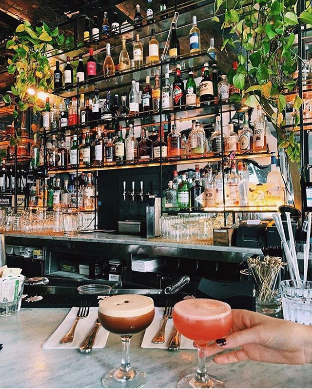 Those drinks tho✨ • #dudleys #dudleysnyc #LES #breakfast #brunch #lunch #dinner #cocktails #wereopen #nyceats #urbanspoon #eatyourheartout #welovebrunch #joinus #letseat #nyceat #eatsofnyc #foodie #foodfordays #eater #infatuation #eat #nycfood #foodnyc @elainefoley_