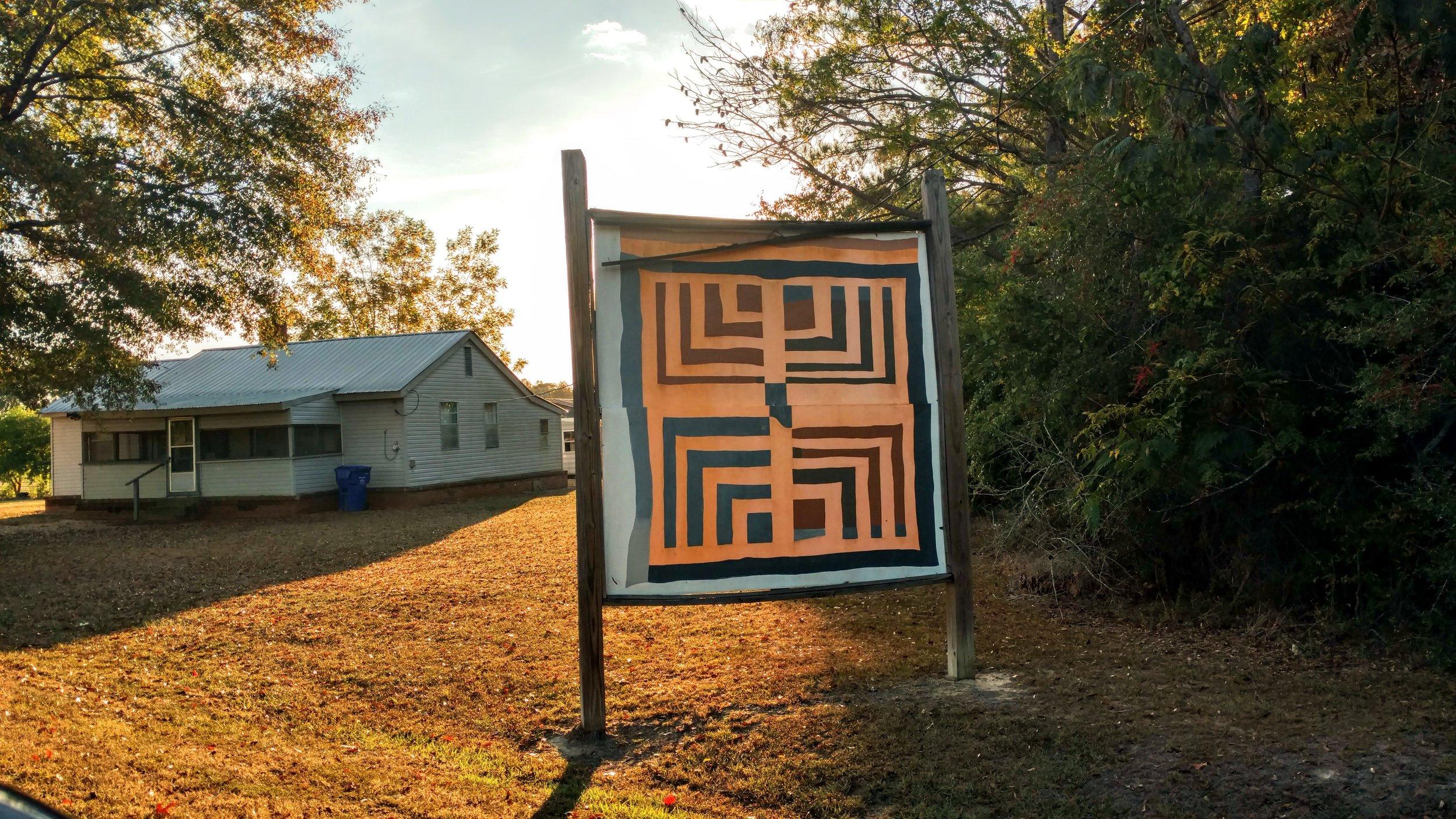 House-top-four-block/Half Log Cabin  by Lottie Mooney, 2016, copyright Stuart Moores Textiles