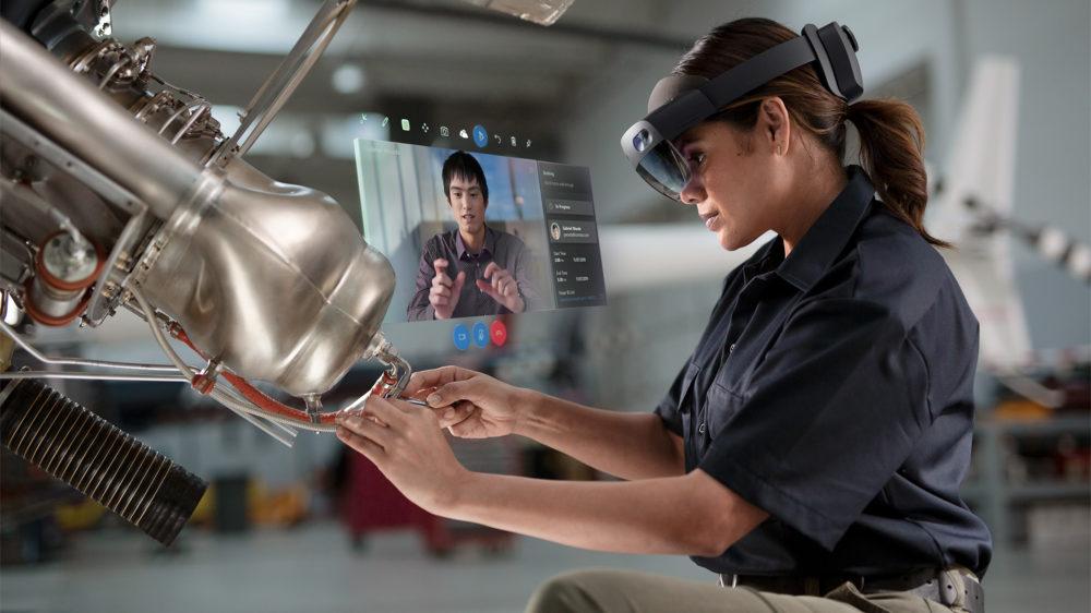HoloLens2_RemoteAssist_woman-1000x562.jpg