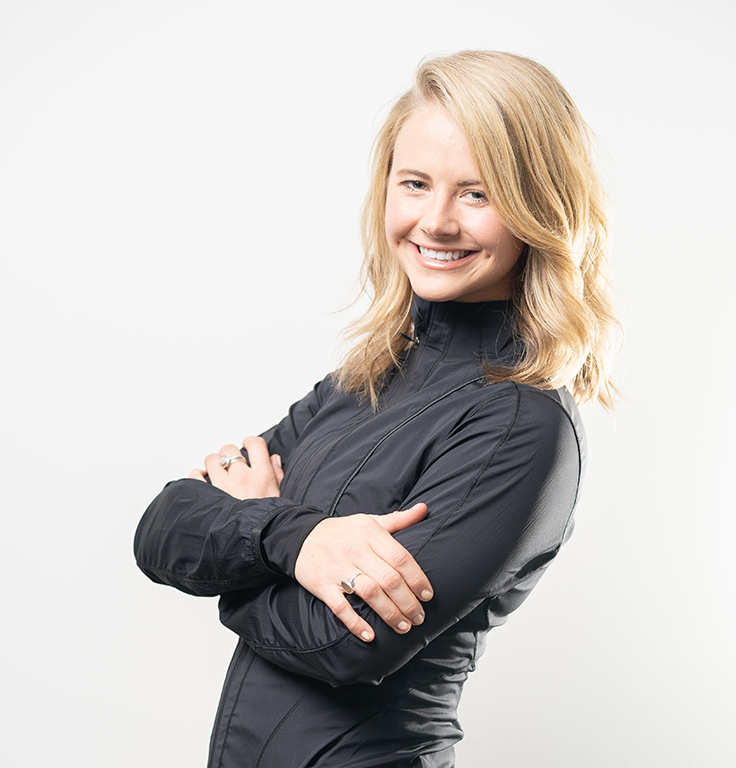 Elaine has a background in dance, including competitive cheer, ballet, jazz and hip hop. Sadly, her dancing journey ended when she sustained several injuries, but quickly found high intensity pilates to help her through her fitness slump. She found the method to be highly effective yet low impact on her ailing joints.