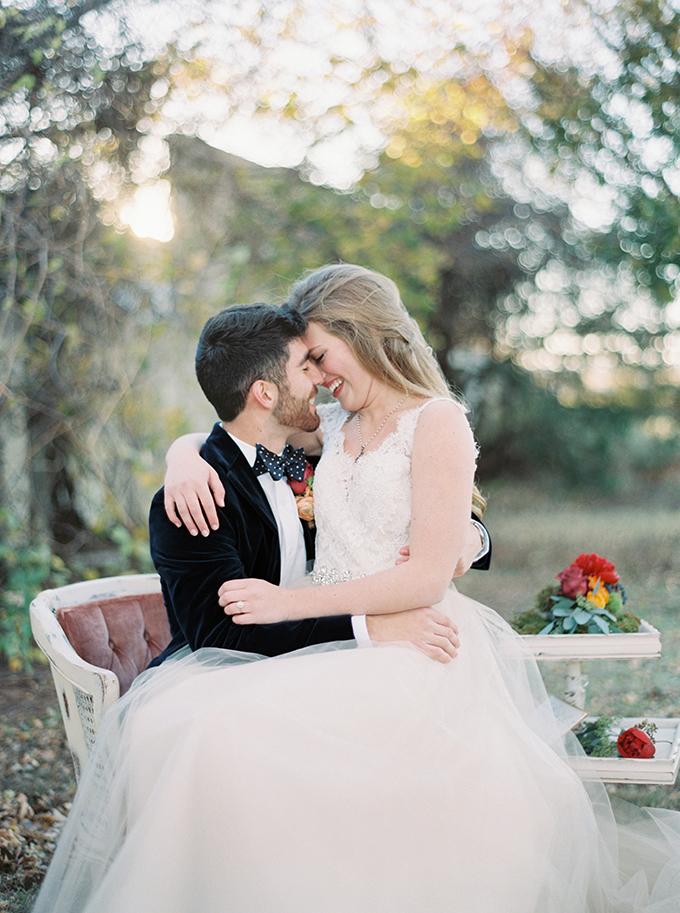romantic-jewel-tone-wedding-inspiration-Sheradee-Hurst-Photography-Glamour-Grace-06.jpg