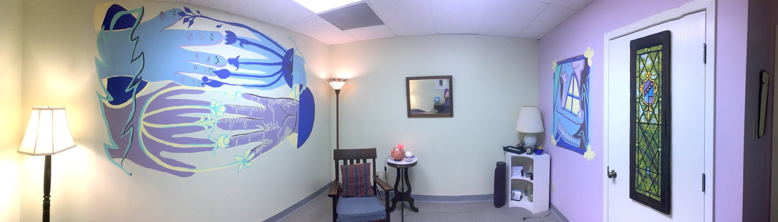 Office Space, St. Louis MO, June 2018, 11' x 9' walls