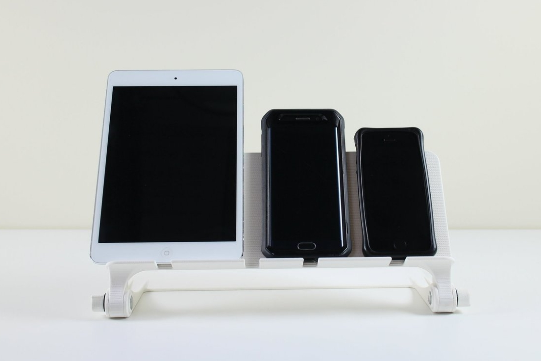 DEVICE STATION | PRODUCT DESIGN