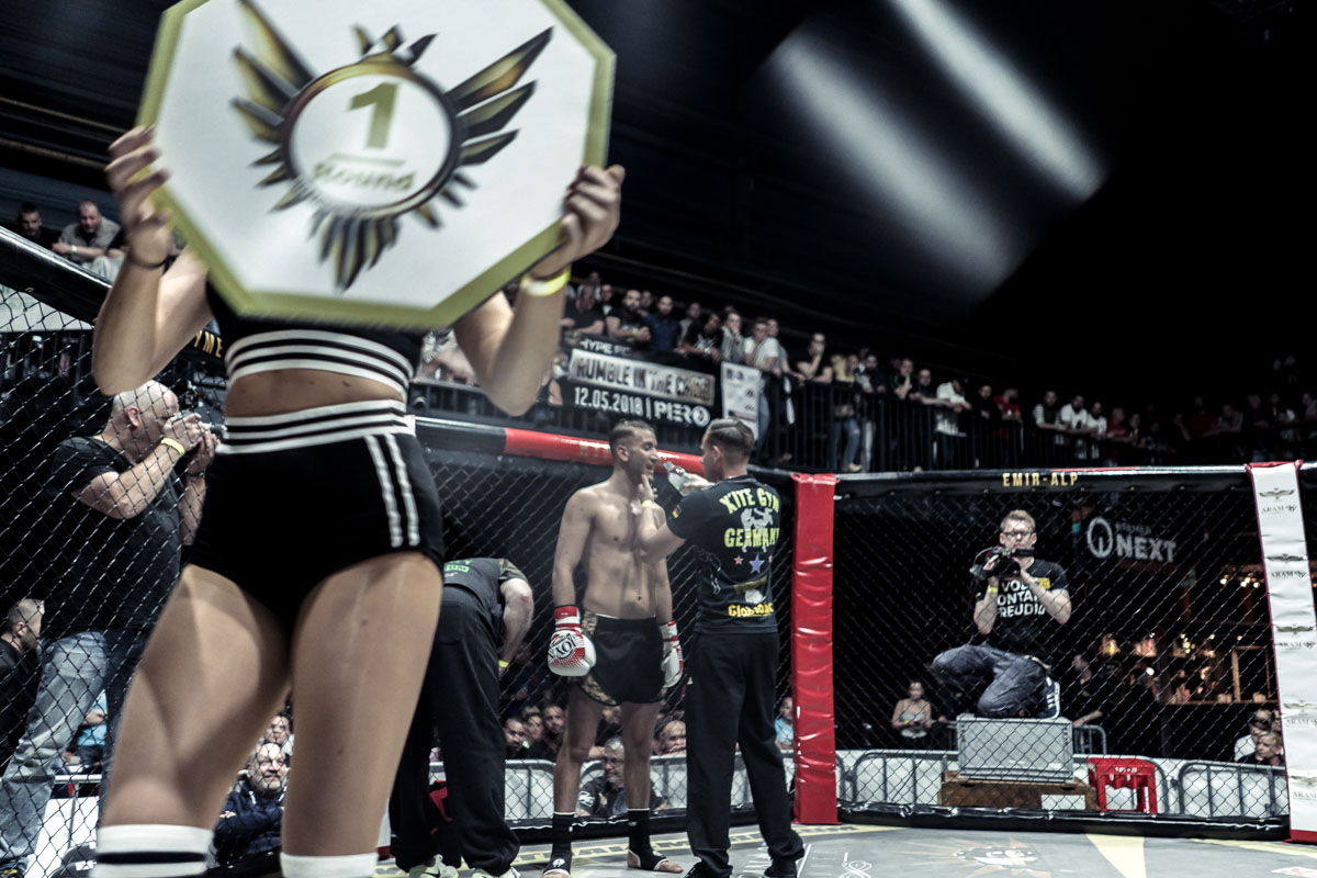 Rumble In The Cage - Photo by Yuriy Ogarkov-008.JPG