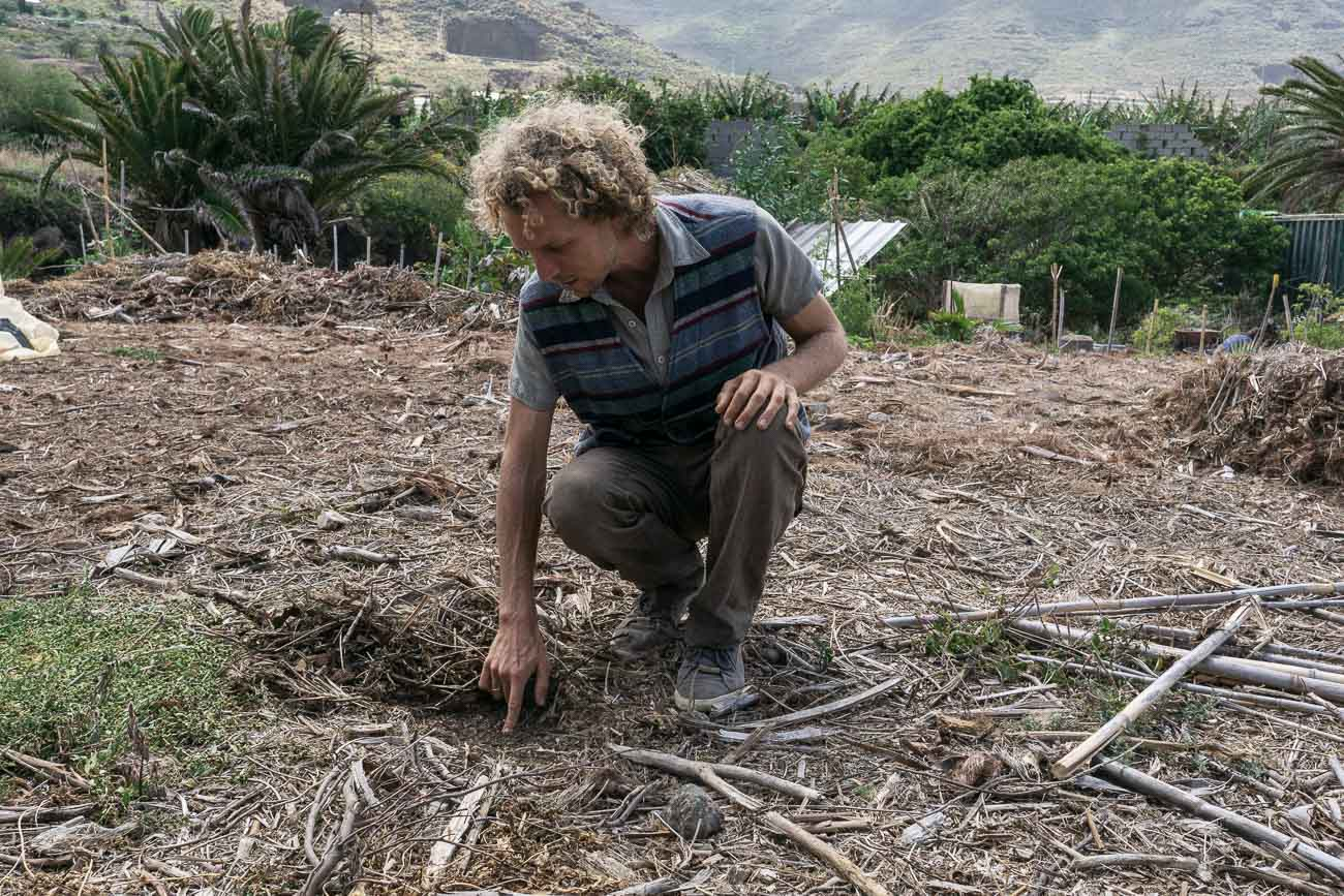 Pierre and Yasmin bought the land three years ago and built their own paradise from scrath. The permaculture farm offers environmentally friendly agriculture experience for volunteers and tourists