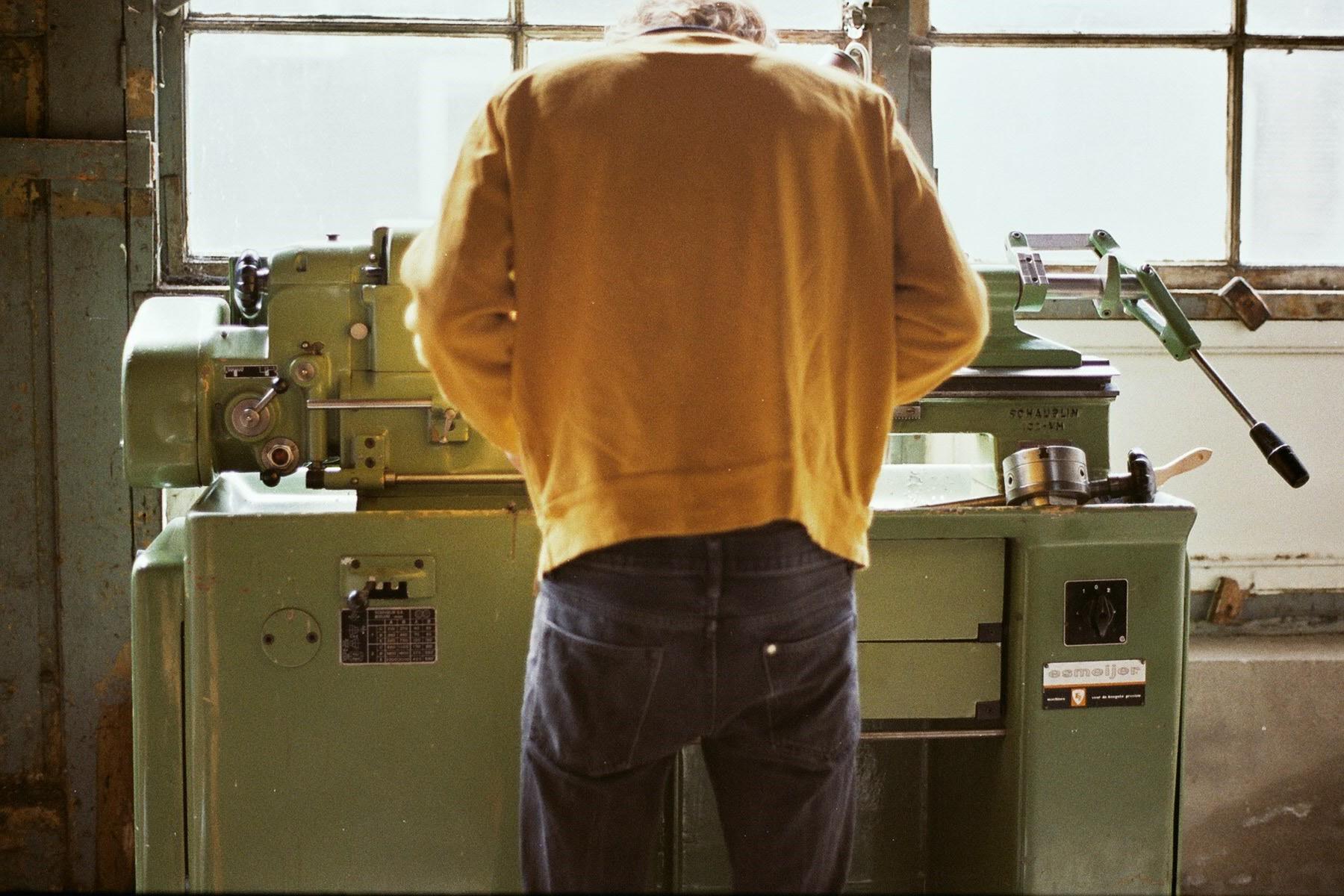Laurens de Rijke at work behind his '64 Schaublin Lathe.
