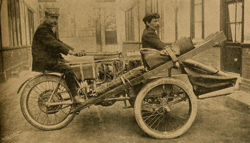 Auguste Pons and the Contal Mototri in 1907.