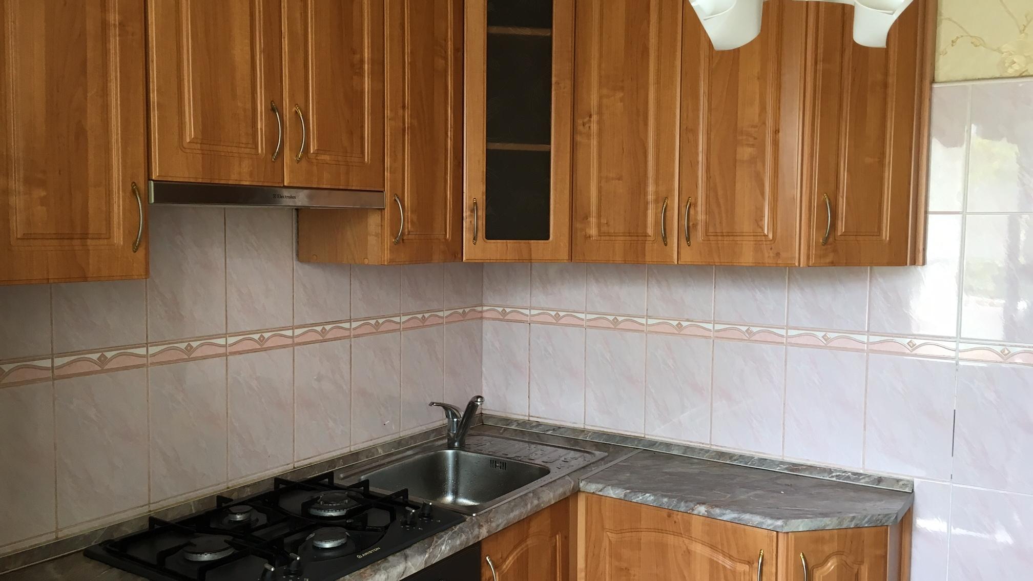 Экономный ремонт кухни своими руками. Фото до переделки