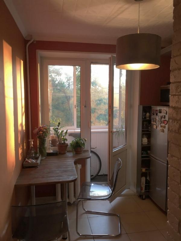 стол-для-маленькой-кухни