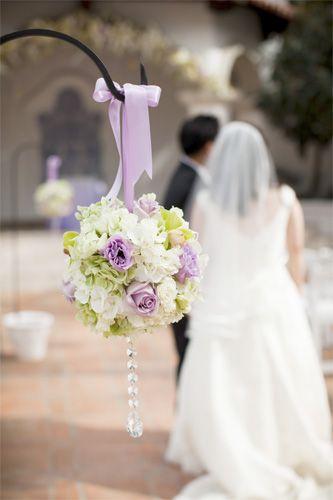 круглый букет невесты помандер с кристаллами