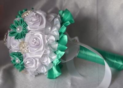 Букет-невесты-из-лент.jpg