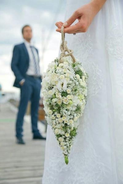 свадебный букет помандер в форме слезы