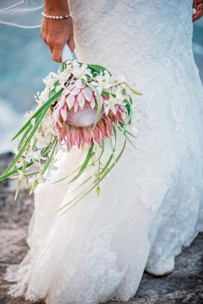 букет невесты с протеей