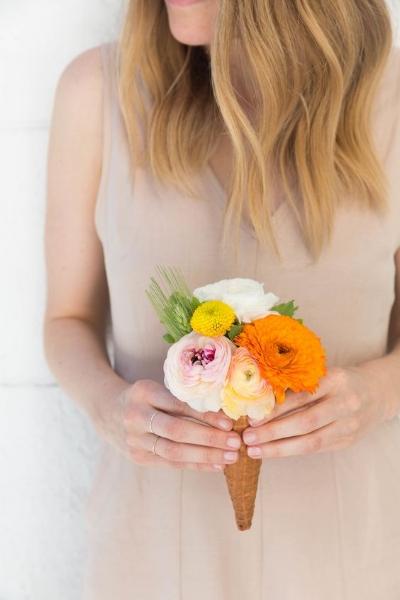 нетрадиционный букет невесты для любительницы мороженого