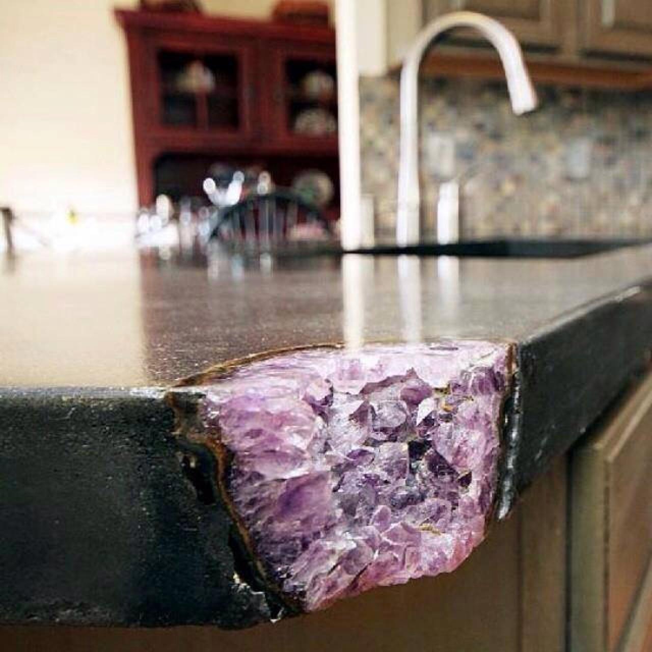 Что еще бывает на идеальной кухне? -
