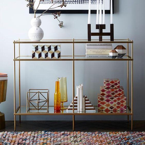 латунь в оформлении мебели и интерьера  источник