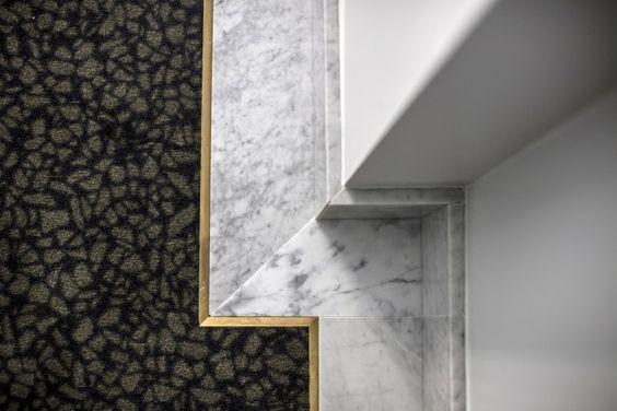мраморный плинтус  https://www.remodelista.com/posts/henrietta-hotel-covent-garden-london-dorothee-melichzon-design/