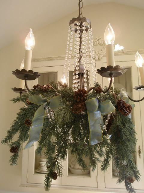 новогодние украшения из еловых веток  источник