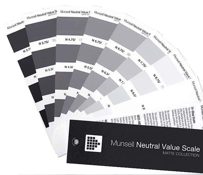 веер-манселла-с-нейтральными-оттенками-серого.jpg