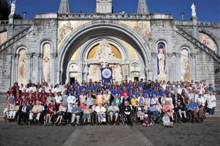Big Group Photo - Lourdes.jpeg