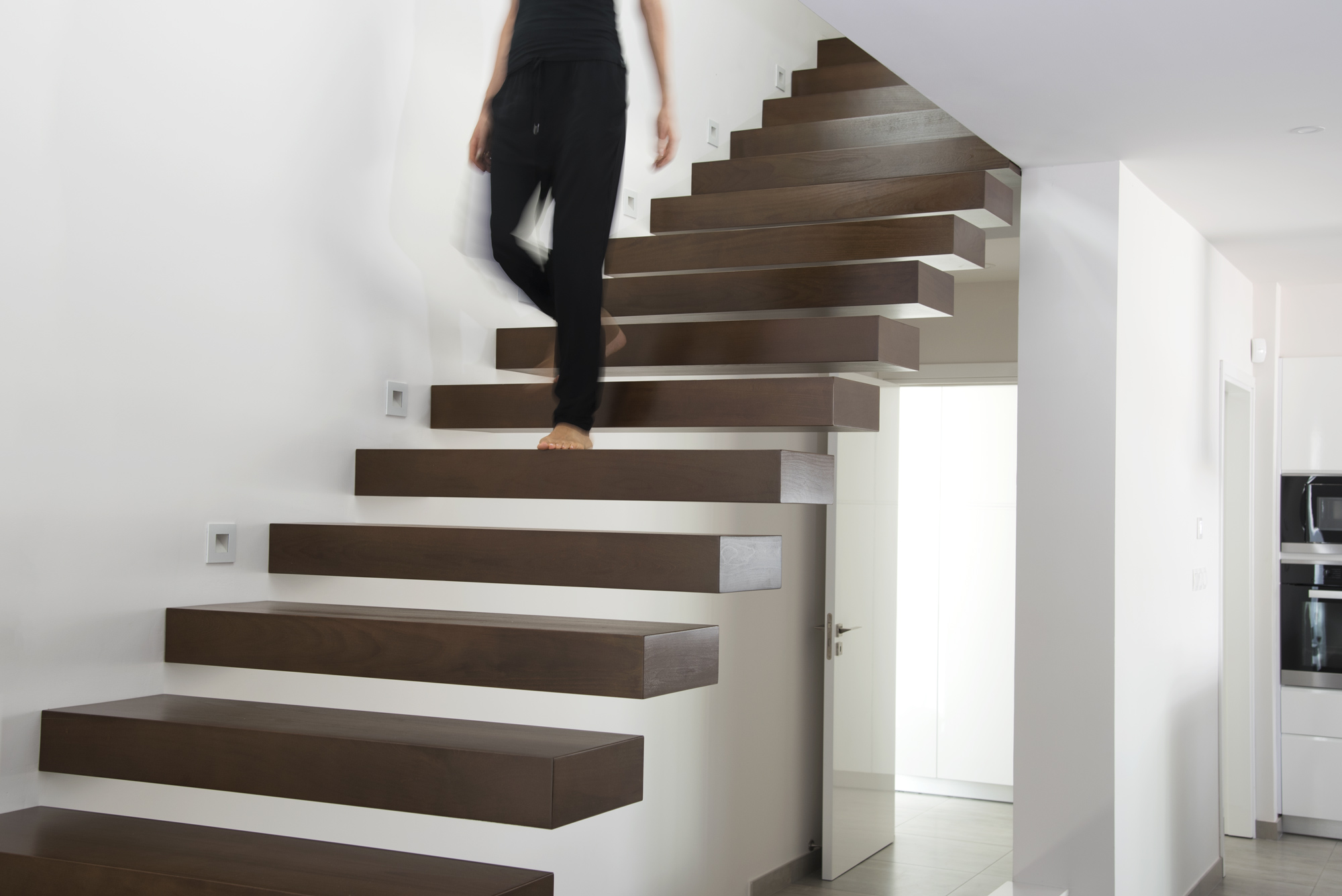 Staircase floating steps