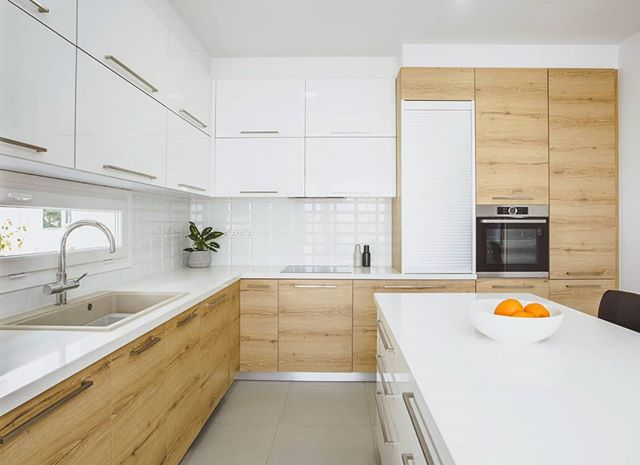 Kitchen in laminate wood for a private residence in Larnaca . . . . .  #wood #laminatewood #design #kitchen #modernkitchen #kitchendesign #interior #interiordesign #kitchenisland #architecture#bespokeinteriors#decor #designinterior #designinspiration #homeinterior#interiorarchitecture #interiordecor#minimalinterior#moderninterior#modernfurniture