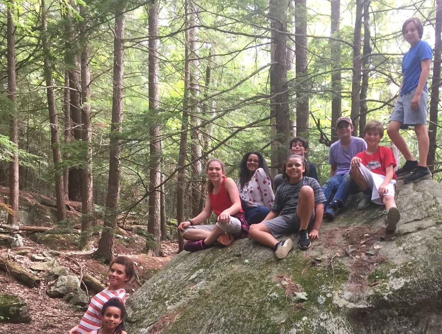 6th+Grade+hiking.jpg