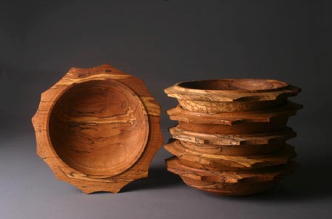 Fig. 4.  Robin Wood, United Kingdom.  Star Bowls , 2000. Made on his pole lathe. Photo: John Carlano