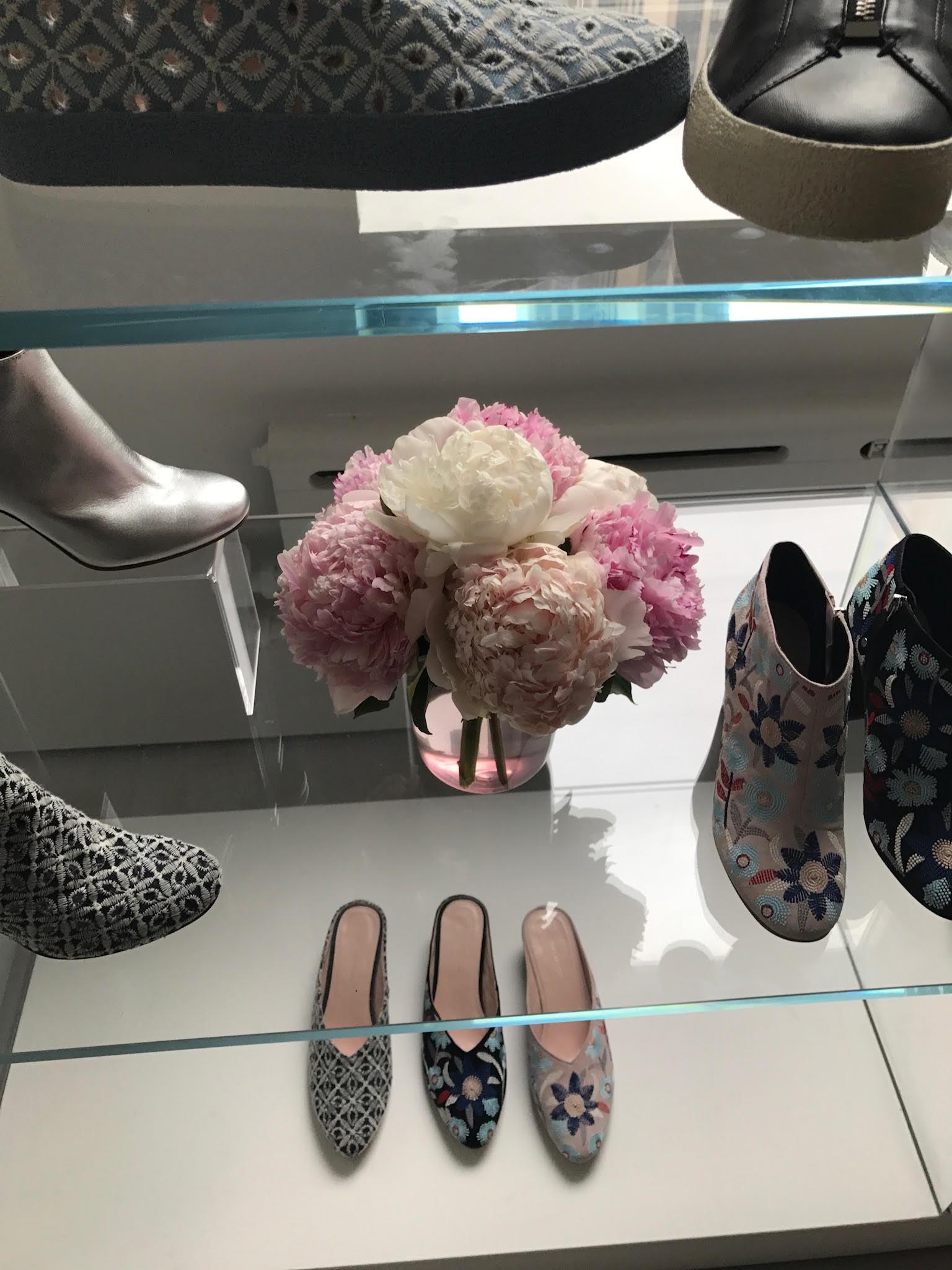 retailshoes2.jpg