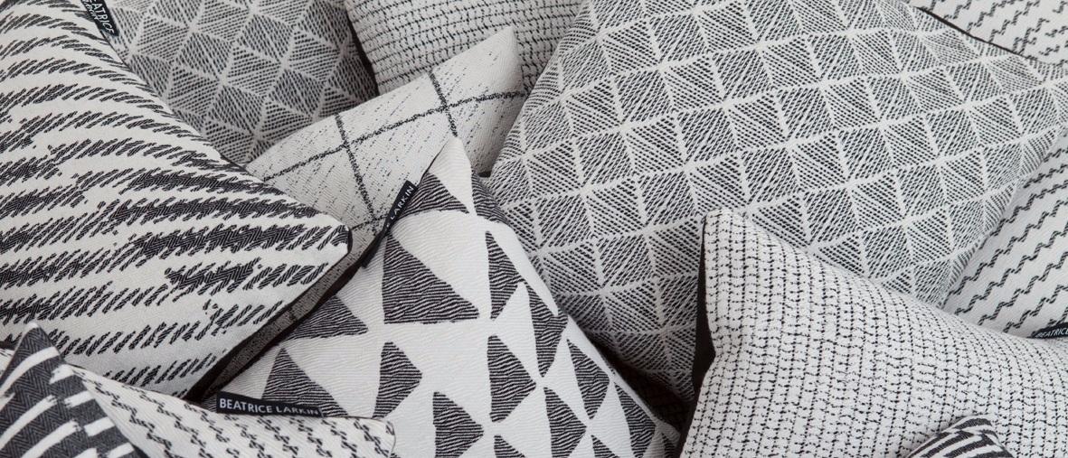 Monochrome+cushions
