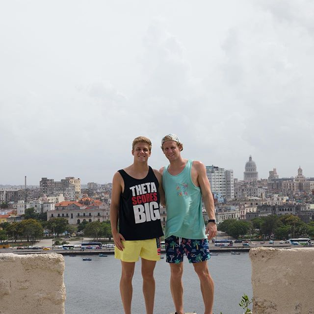 Made a couple of videos from our last trip to Cuba, link in my bio 🎥