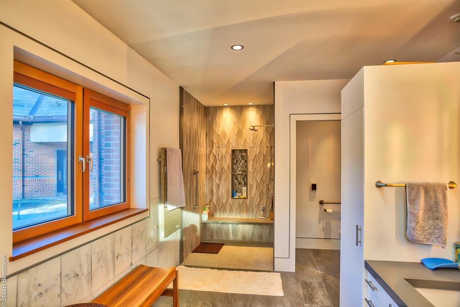 Wayland_bathroom2.jpg
