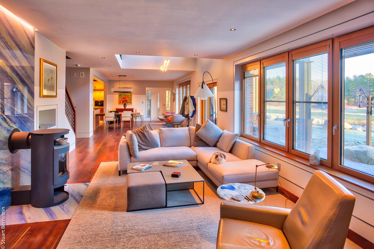 Wayland_livingroom.jpg