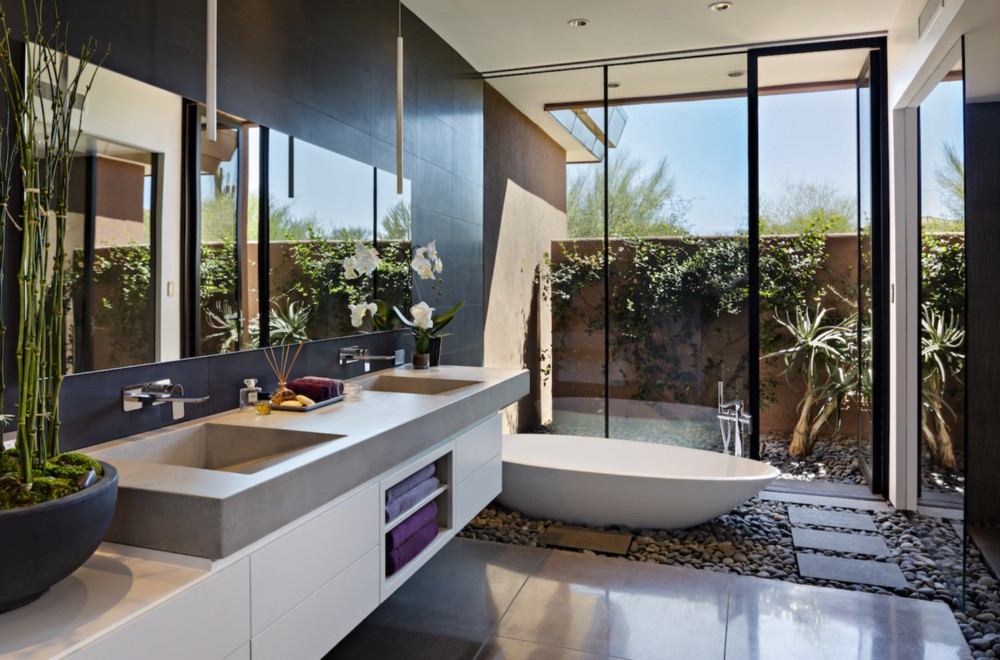 Master bath. Scottsdale, Arizona. Architecture and interior design by Tate Studio Architects. Landscape design by Desert Foothills Landscape. Photography by Thompson Photographic. From the book  Your Creative Haven  by Donald M. Rattner (Skyhorse Publishing, 2019).