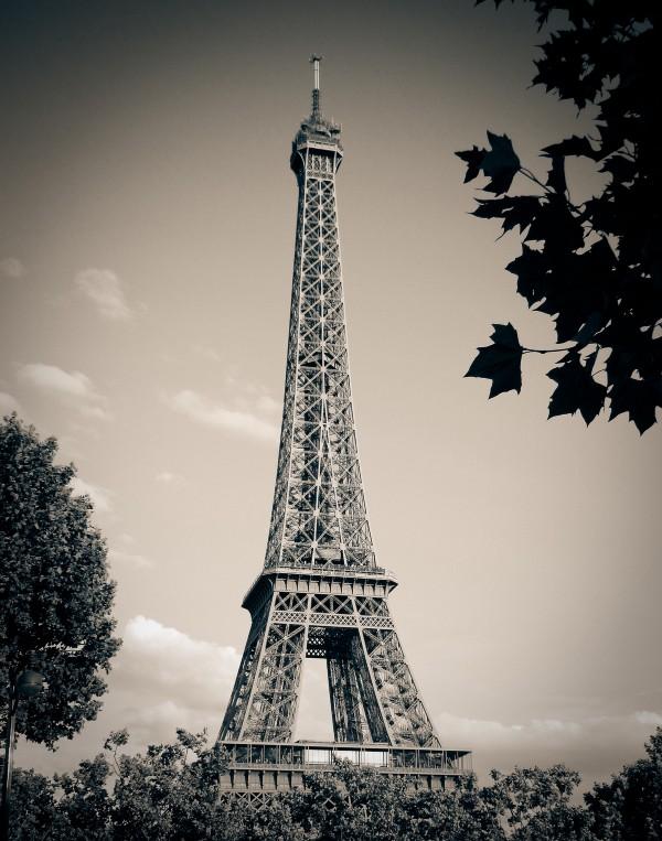Eiffel Tower, Paris. Photography via  Pixabay .
