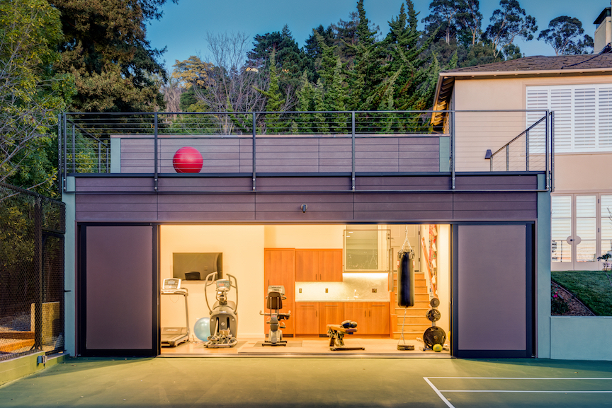 Gym and party space. Piedmont, California. Architecture by Studio Bergtraun Architects. Photography by Treve Johnson. From the book  Your Creative Haven  by Donald M. Rattner (Skyhorse Publishing, 2019).