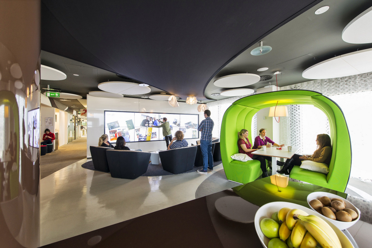 Google Dublin Campus. Dublin, Ireland. Architecture and interior design by Evolution Design. Photography by Peter Würmli.