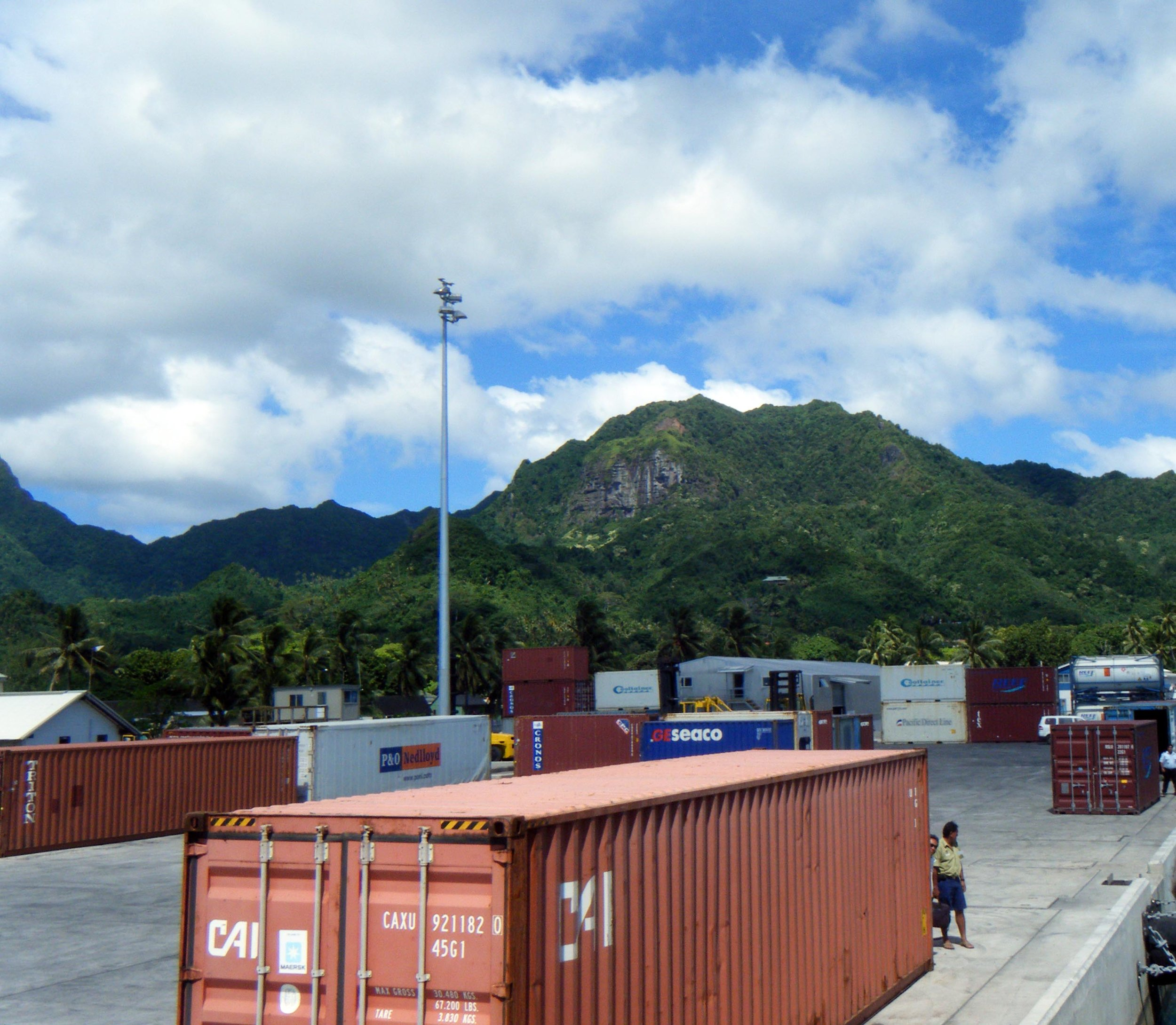 Avarua container port.jpg