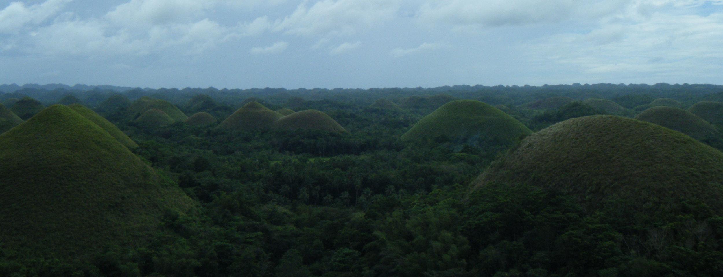 Chocolate Hills 3.jpg
