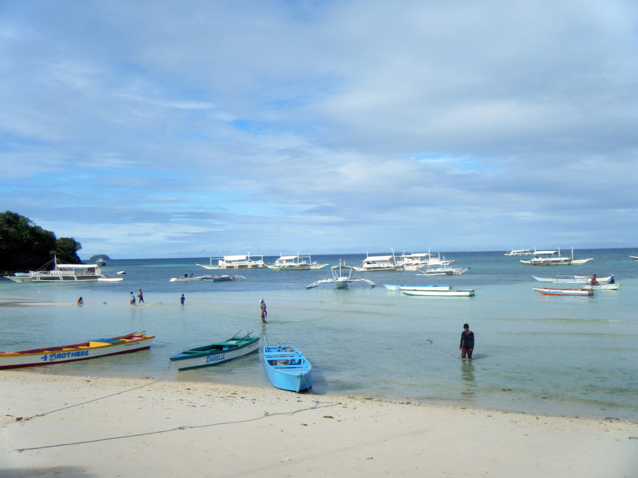 Poblacion Beach.jpg