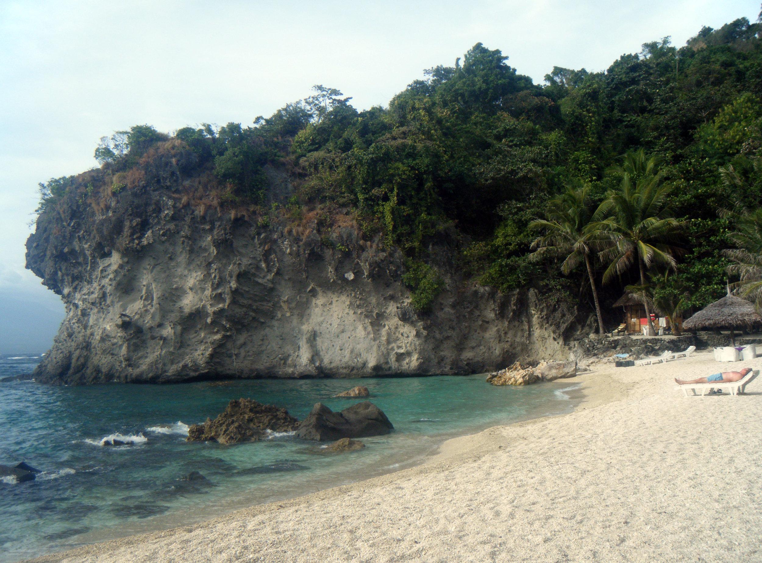 Apo Beach Resort.jpg