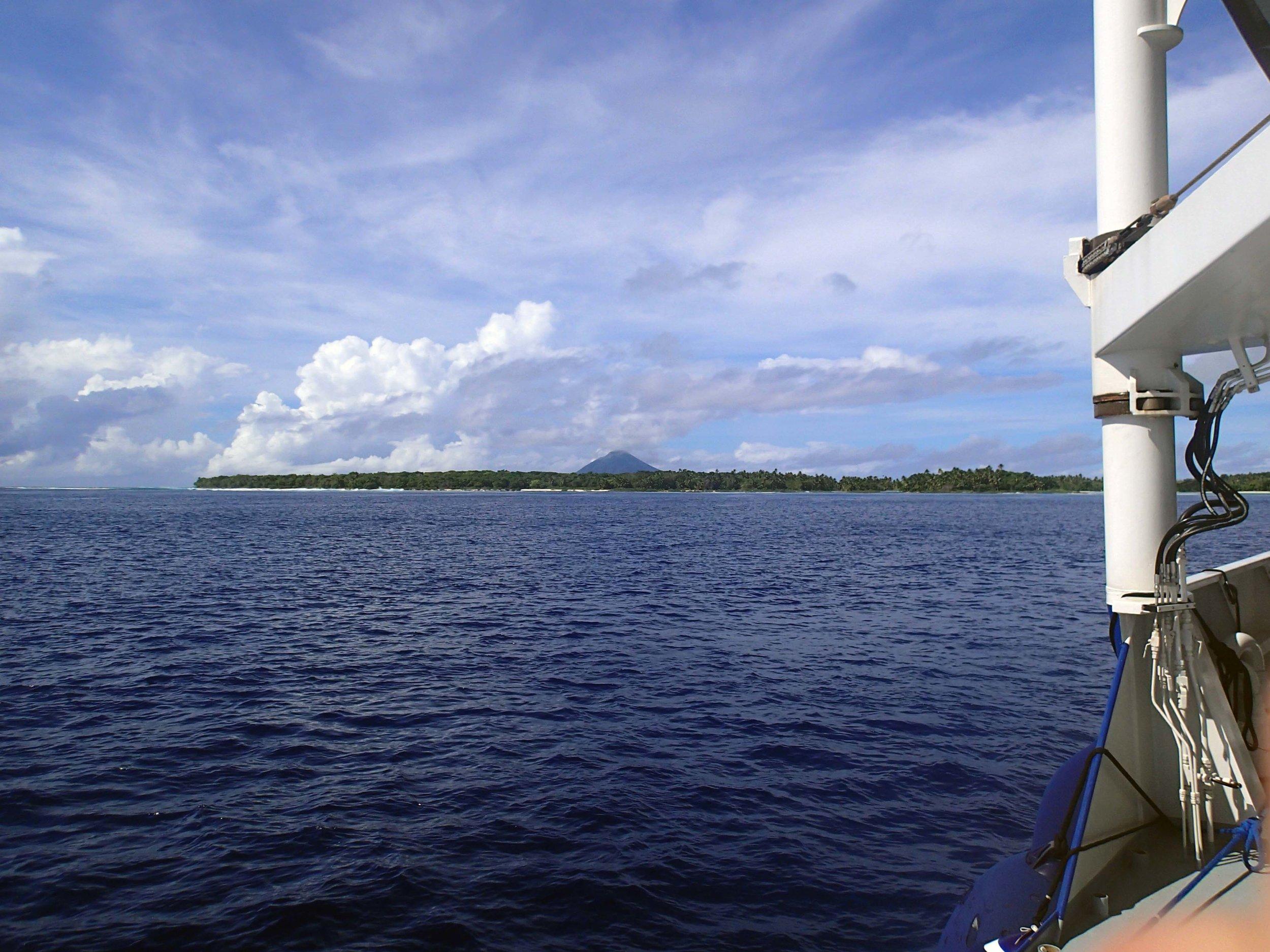 volcano near Niuatoputapu.jpg