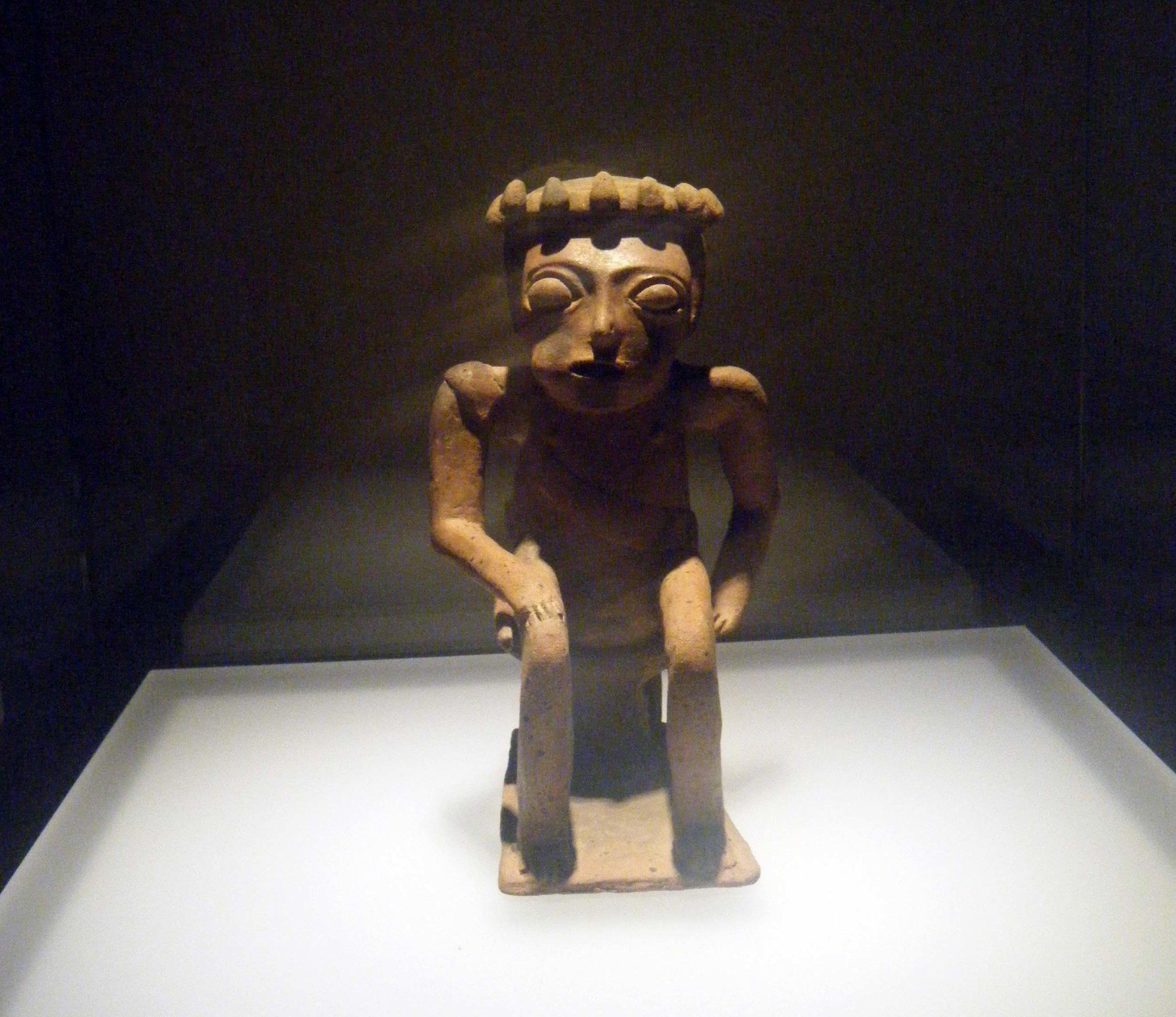 gold museum sculpture.jpg