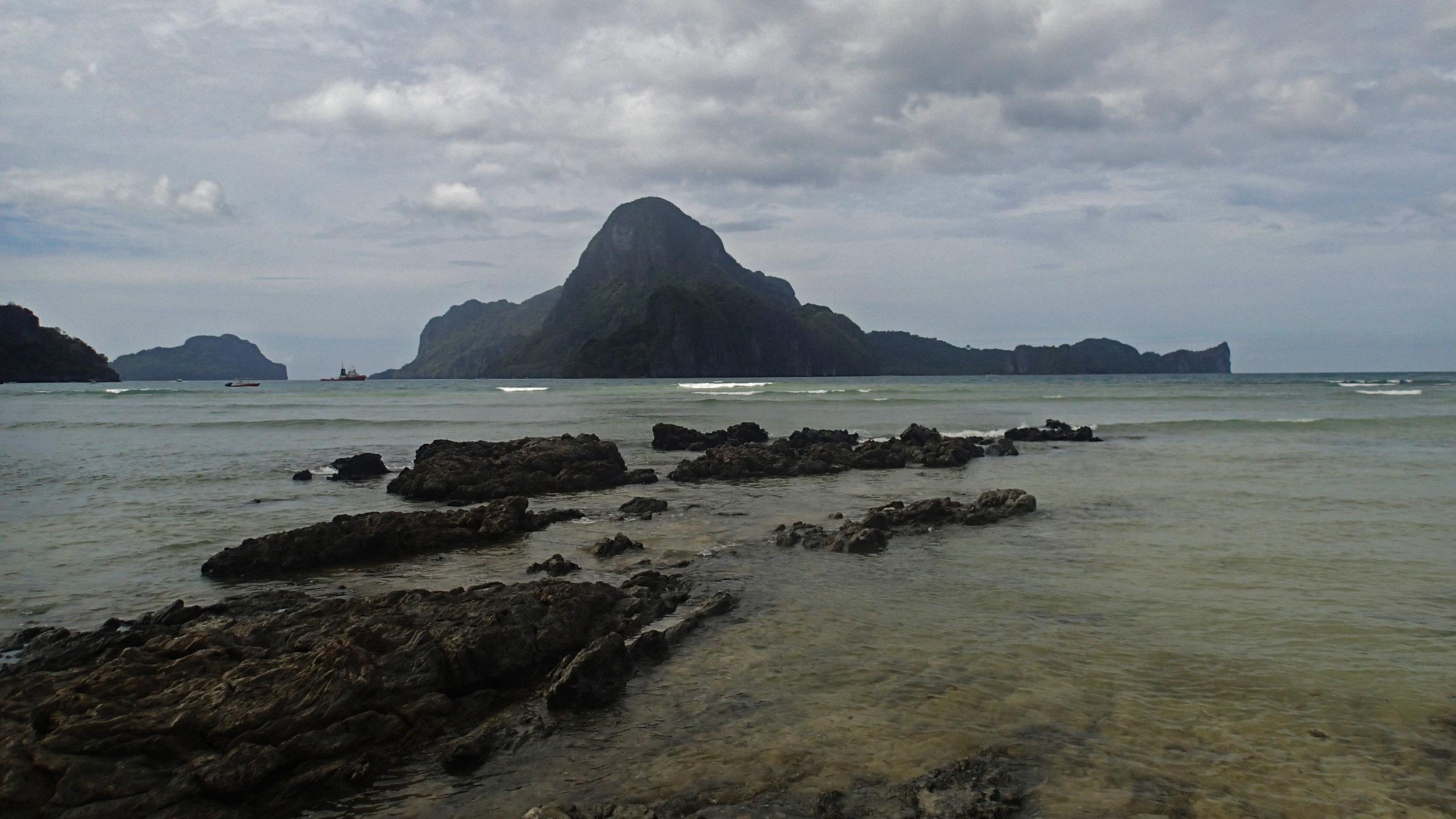Cadlao Island.jpg