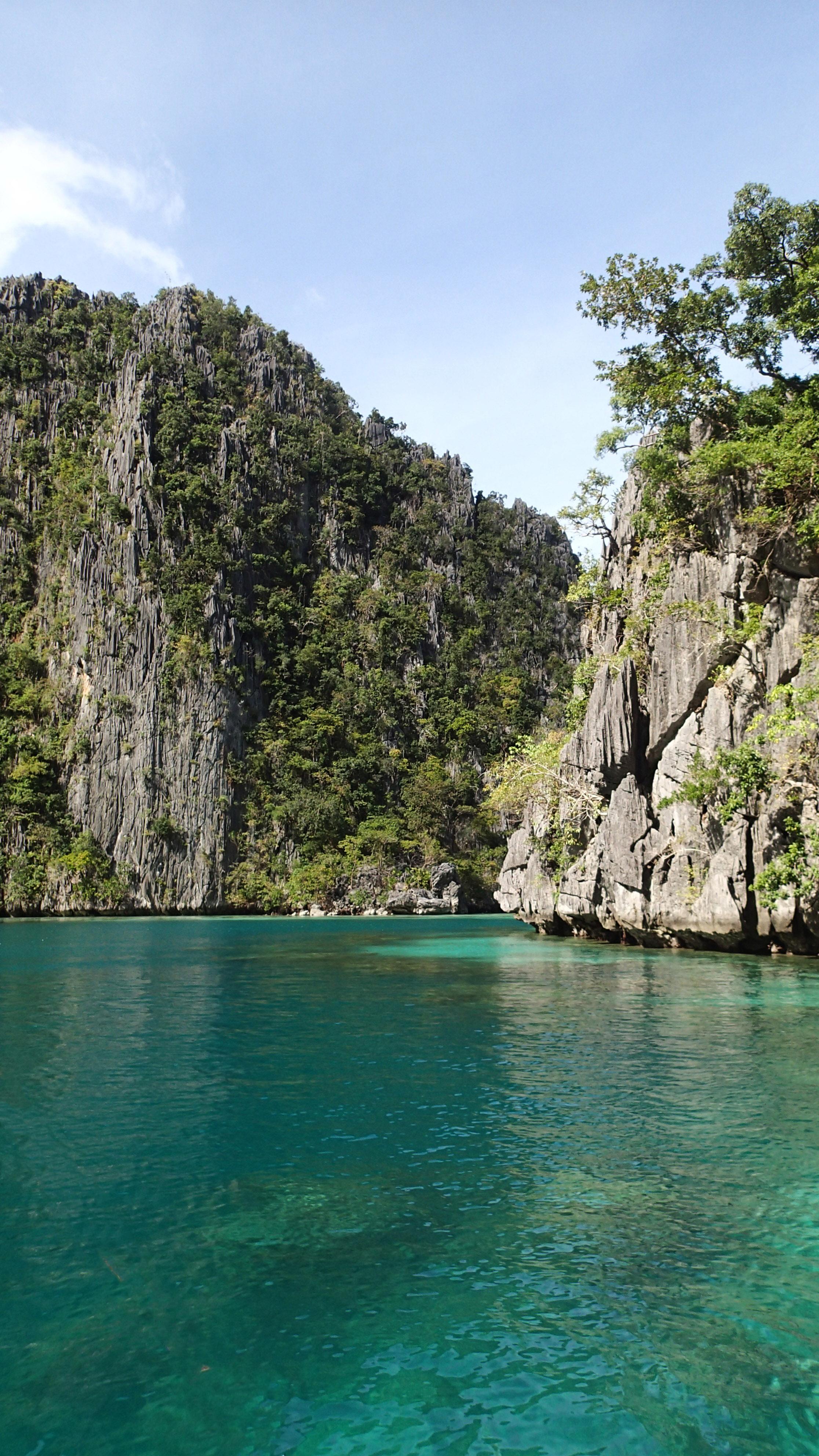 approaching Kayangan Lake.jpg