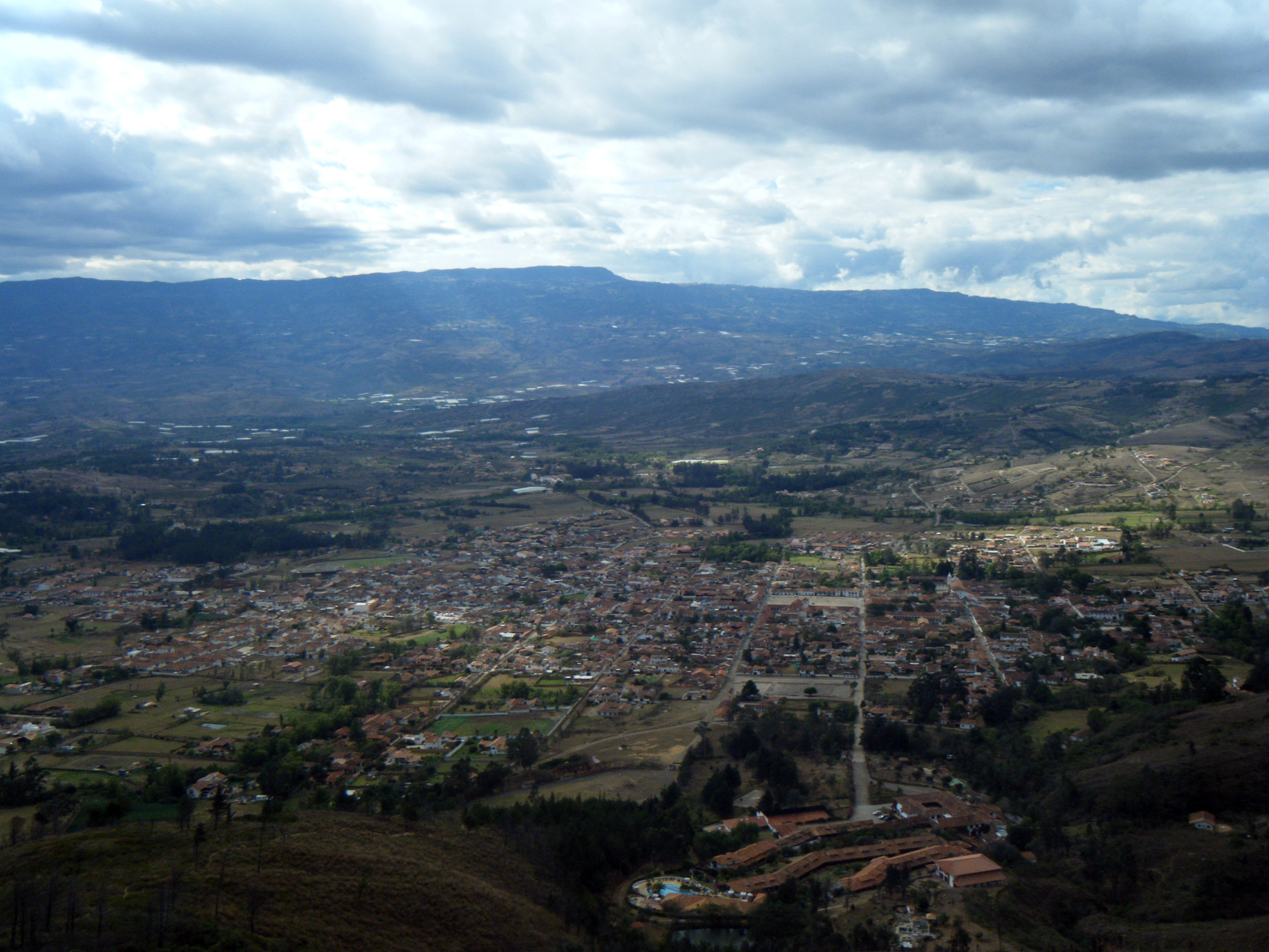 Villa de Leyva from above.jpg