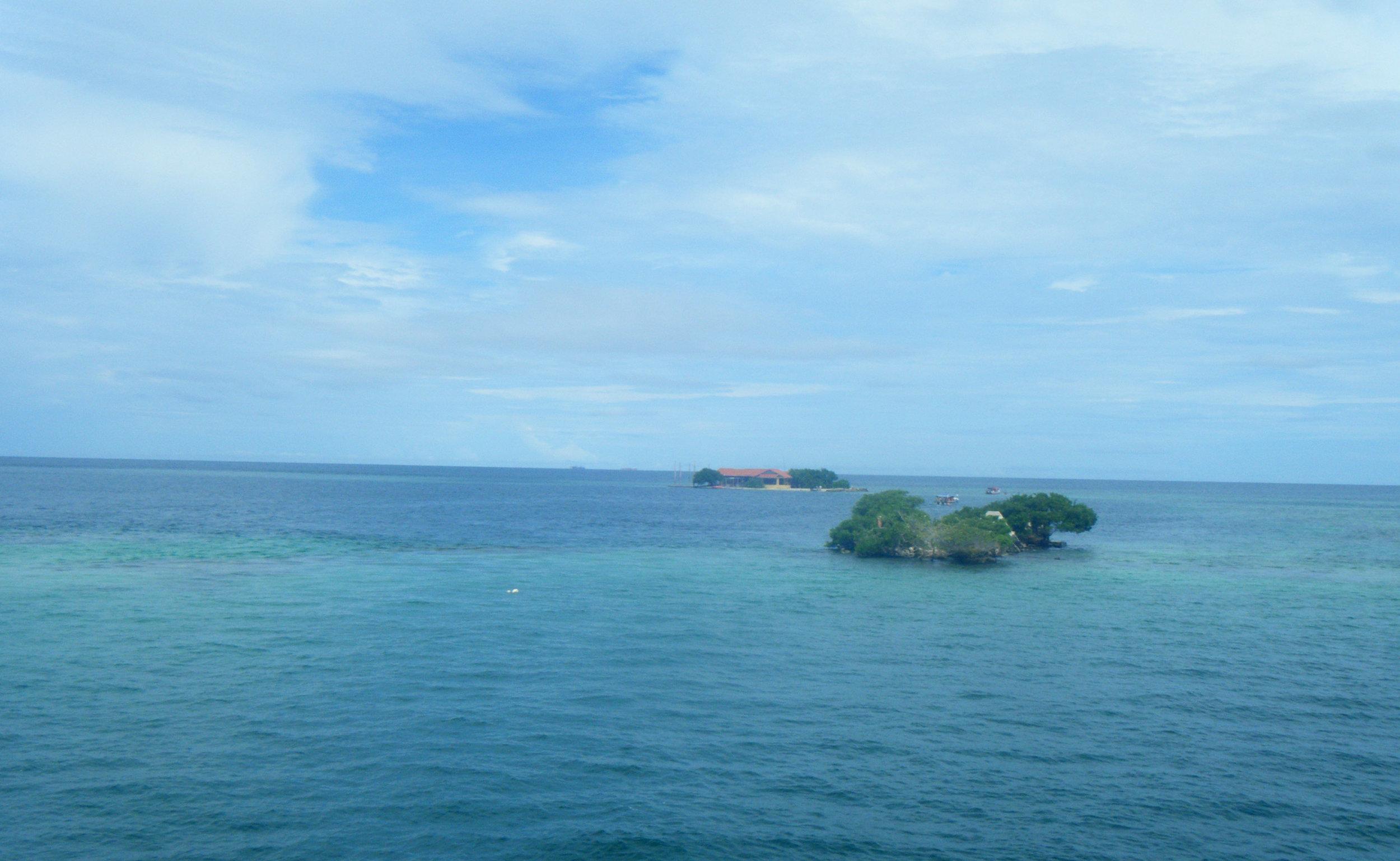Rosario Archipelago.jpg