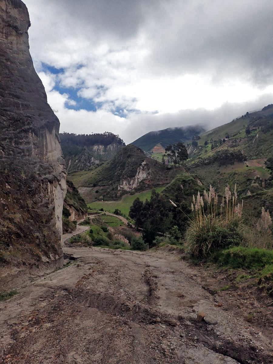 final climb to Chugchilan.jpg
